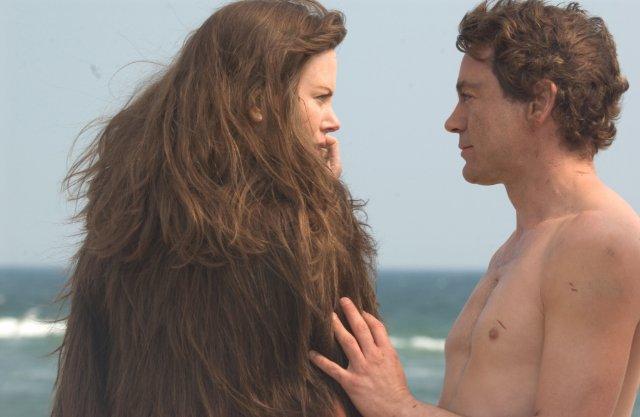 Yep, she's wearing his hair!