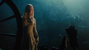 angelina-jolie-goes-villainous-in-the-first-teaser-trailer-for-maleficent-watch-now-148554-a-1384352634-470-75