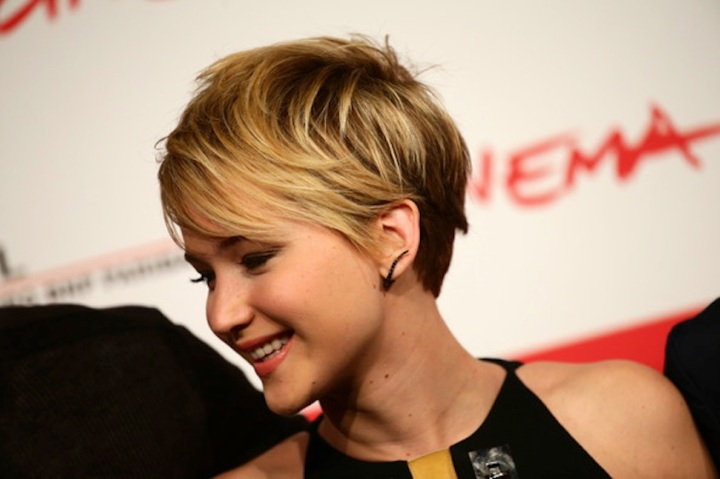 Jennifer+Lawrence+Short+Hairstyles+Messy+Cut+xmoK934iJ9Tl